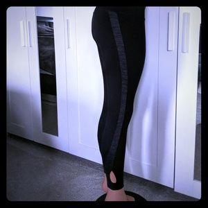 Spalding black and gray cutout leggings nwt